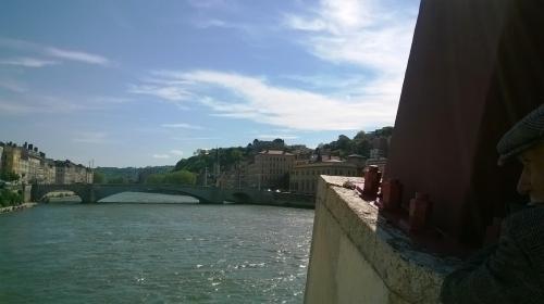 le vieil homme sur le pont.jpg