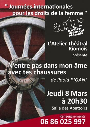 Auvergne, Riom, atelier théatral riomois, n'entre pas dans mon âme avec tes chaussures